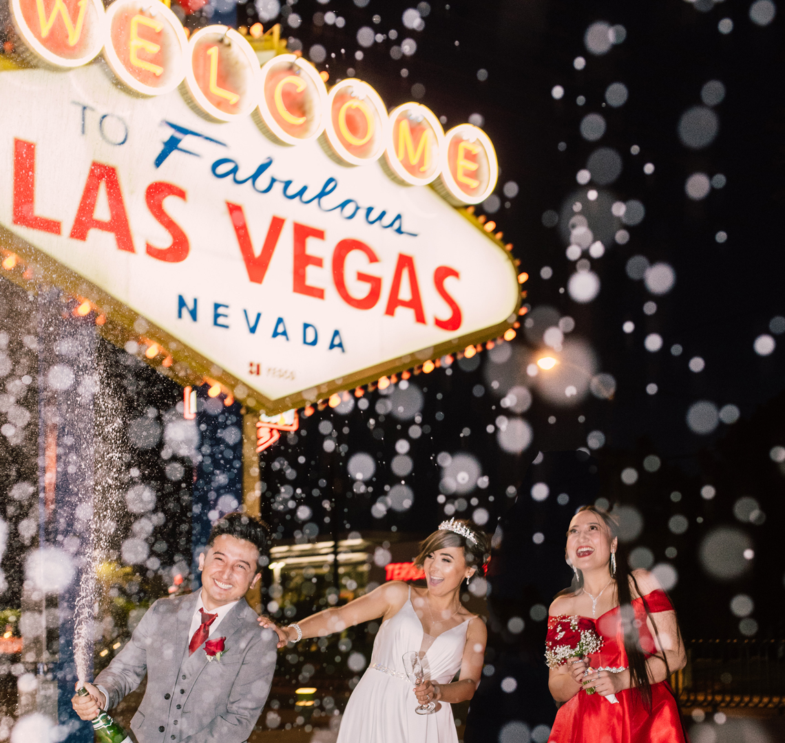 Nelson landing elopement and wedding las vegas photographer for Las vegas sign wedding