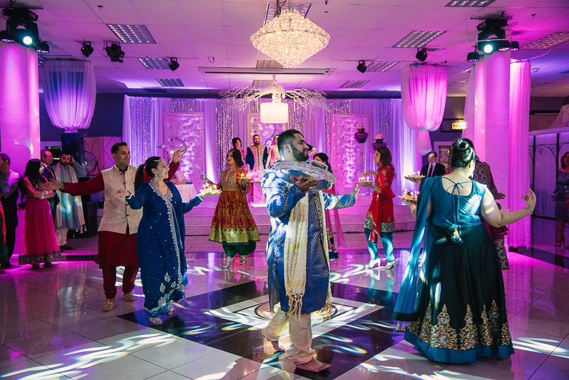 Chandelier Banquet Hall Wedding In Las Vegas Las Vegas